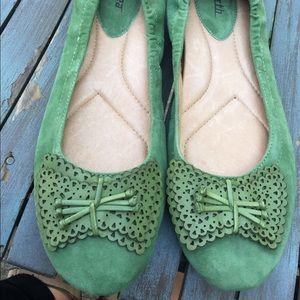 Women's Earth Butterfly Grass Leather Flats 11B